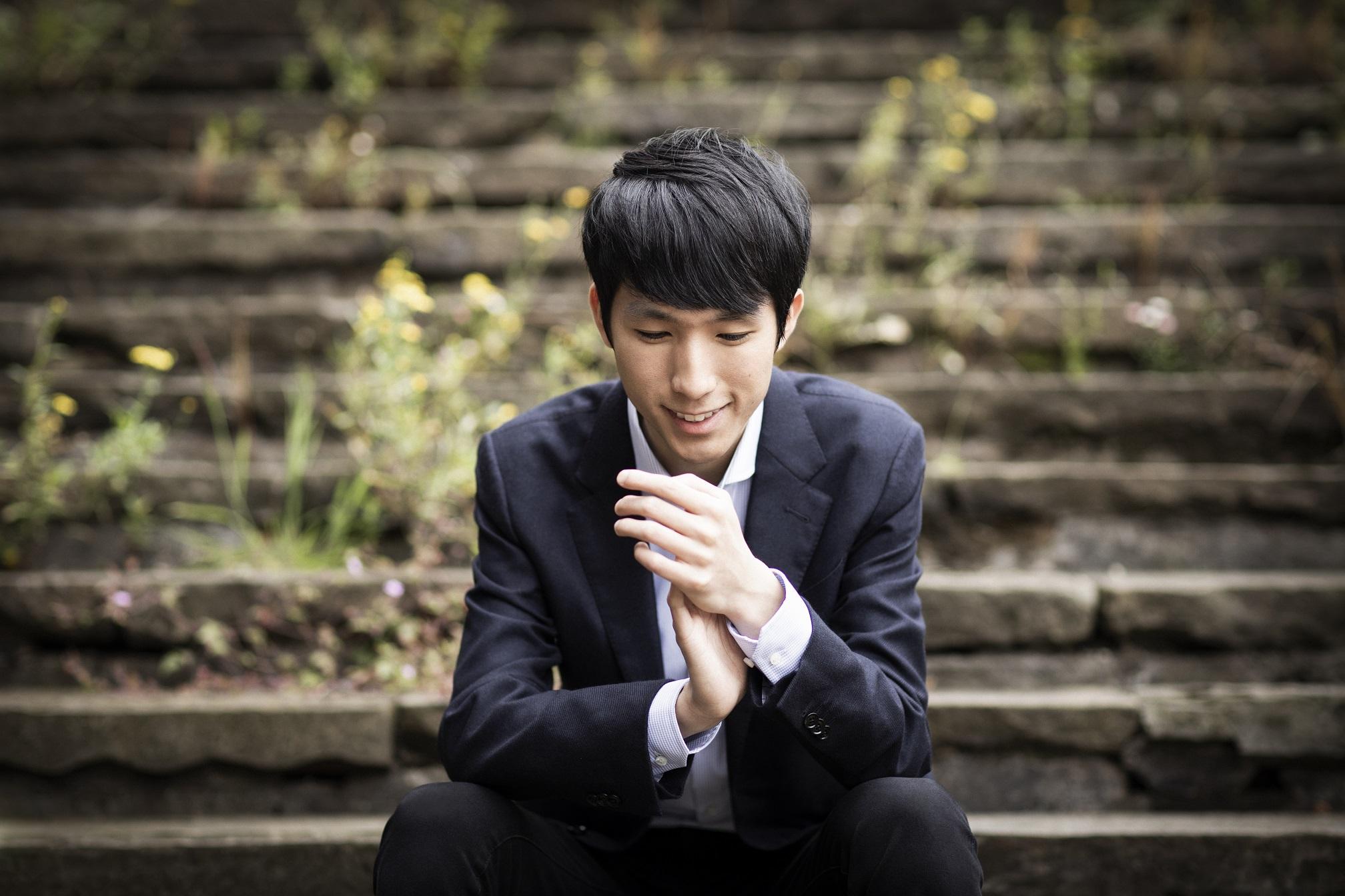 Pianist Eric Lu